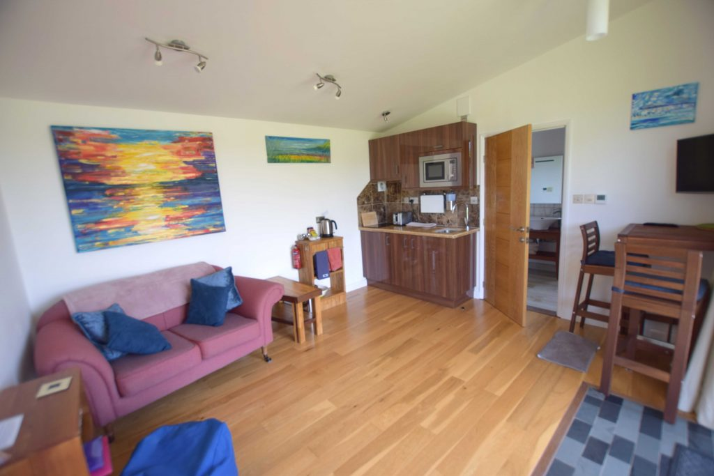 Lodge 3 lounge and kitchen area